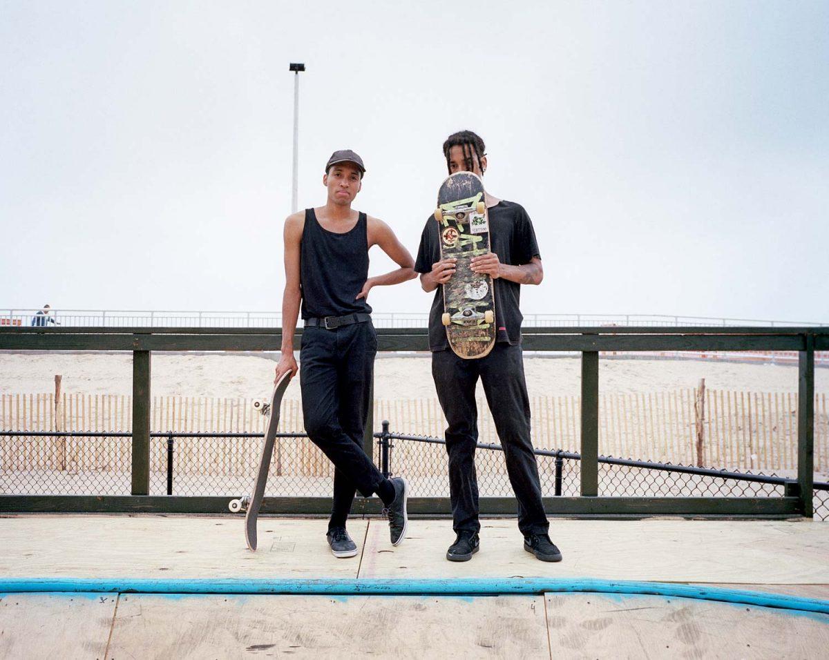 rockaway beach, brooklyn, new york, nyc, dudes, skateboarding, bowl, 6x7, film, color, kodak, beach, ocean, sand, america, USA, travel